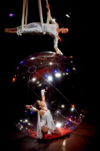 sphere_celeste_een_circusact_voor_entertainment_en_gala_events_van_sol_air